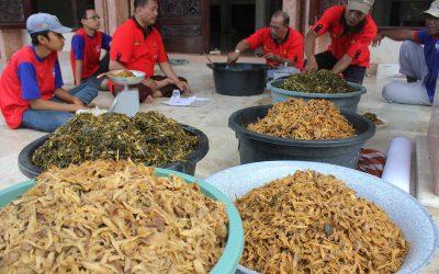 Tradisi Malam ke 23 Ramadhan Kolak Ayam Gumeno