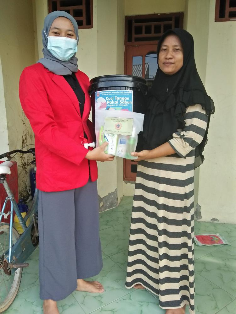 Mahasiswa Untag Sosialisasi Protokol Kesehatan di Dusun Wonokerto