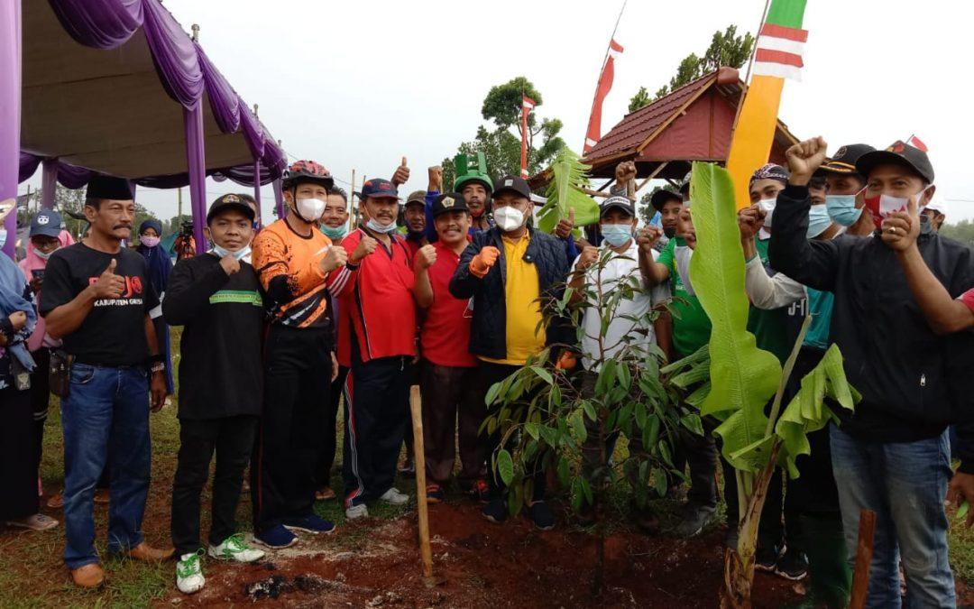 Bupati Kunjungi Desa Petiyintunggal Berharap Jadi Icon Durian Gresik